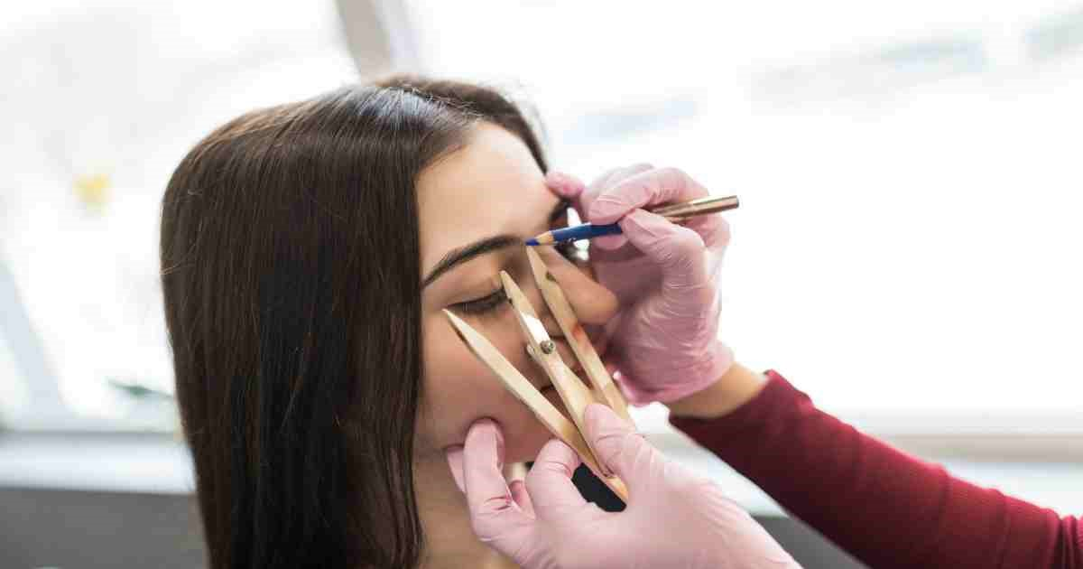 Microblading: The Truth Behind Flawless Eyebrows